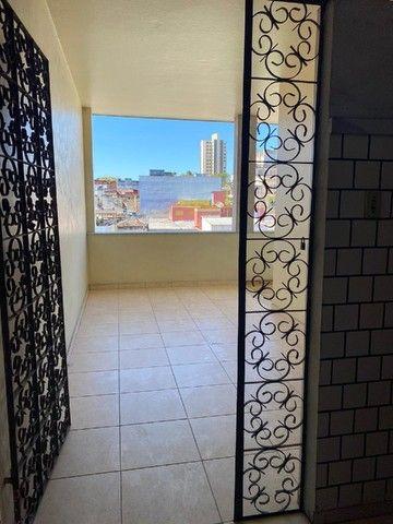 Apartamento com Cômodos Amplos. - Foto 11
