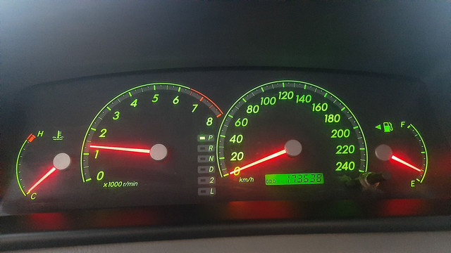 Toyota Fielder XEI Automático  - Foto 8