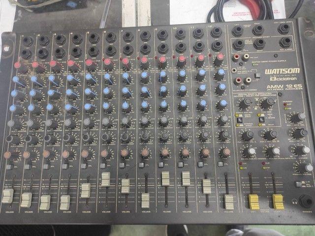 Kit com mesa 12 canais , 2 caixas , uma potência, cabos e um microfone  - Foto 3
