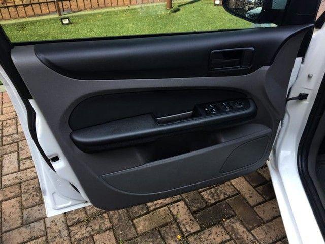 Ford FOCUS GLX 1.6 16V 4P MANUAL - Foto 14
