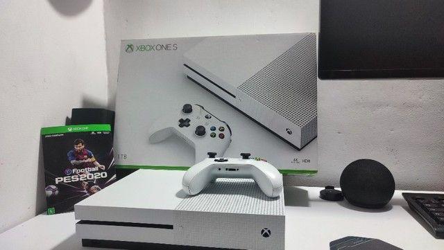 Xbox One S 1TB 4K com Jogo - Foto 2