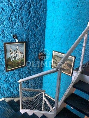 Lindo sobrado de 200m² em terreno de 864m² com ótima localização em Uberlândia. - Foto 7