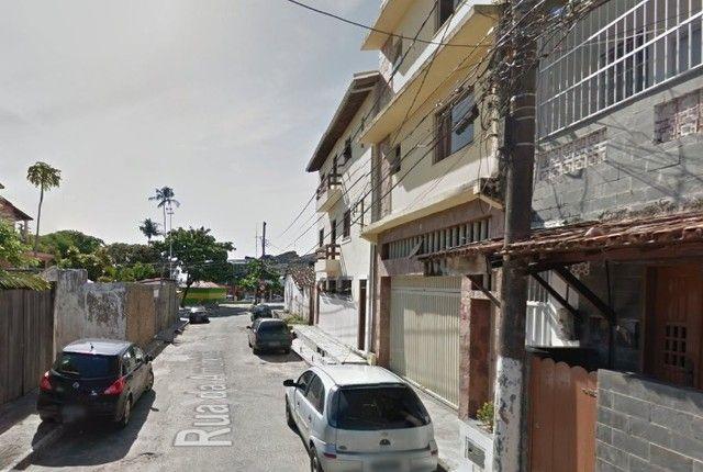 Quitinete excelente localização em Itapuã, mobiliado, garagem, pronto para morar. - Foto 9