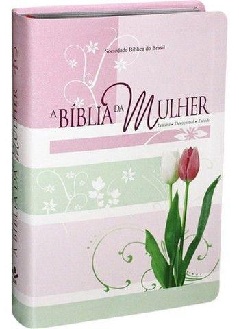 A Bíblia Da Mulher De Estudo Capa Tulipa Média Brinde Capa