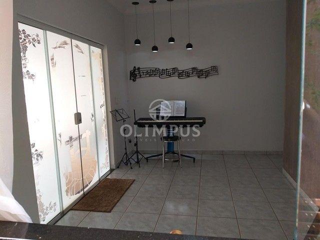 Excelente casa com 280m² de área privativa e 520m² de terreno, 4 quartos - Uberlândia/MG - Foto 4