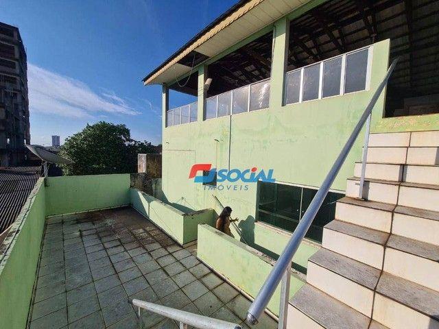 Sobrado com 5 dormitórios à venda, 300 m² por R$ 950.000,00 - Nossa Senhora das Graças - P - Foto 5