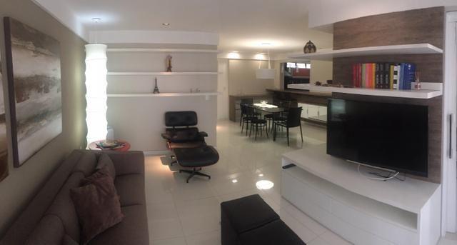 Apartamento de alto padrão na Ponta Verde