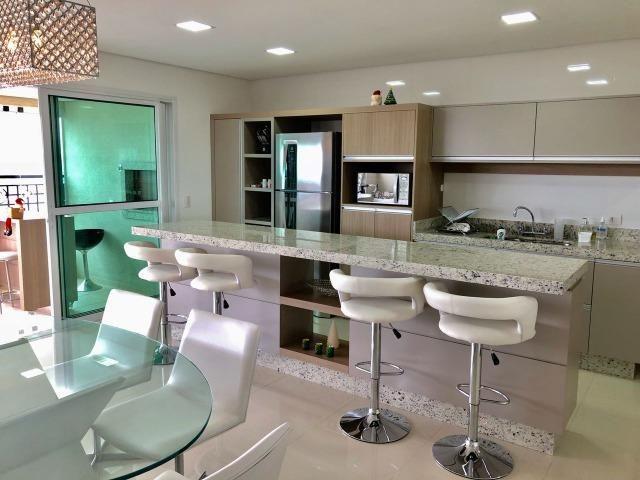 Belíssimo apartamento de alto padrão com 4 dormitórios, em condomínio clube, no Ecoville - Foto 3