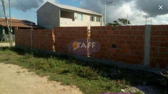 Terreno de 160 m² com alicerce em Unamar - Cabo Frio