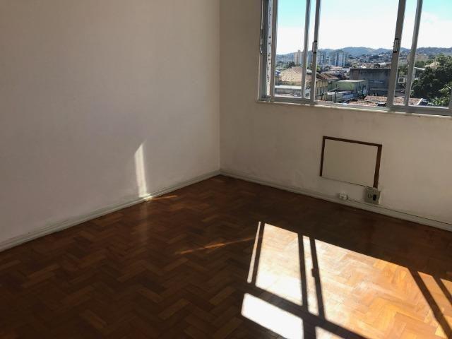 Apartamento muito bem localizado no Engenho de Dentro - Foto 3