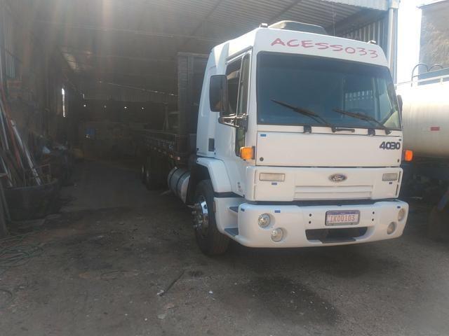 Ford cargo 4030 truck leito