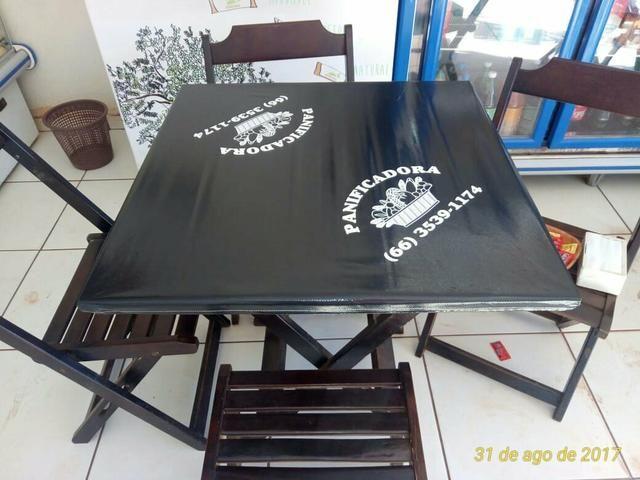 Forros de mesas lisos sob medida