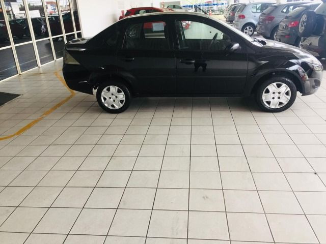 Fiesta 1.0 Rocam Sedan 8v Flex 4p m, 12/13 - Foto 2