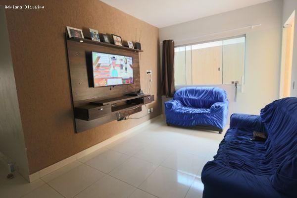 Casa para Venda em Goiânia, Setor Orientville, 3 dormitórios, 1 suíte, 2 banheiros, 4 vaga