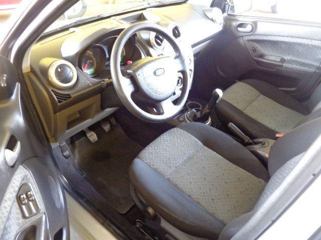 Fiesta Class 1.6 Completo - Foto 5