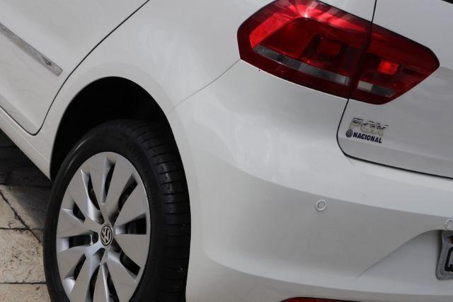 Volkswagen Fox 1.0 MPi Trendline 2016 - Foto 2