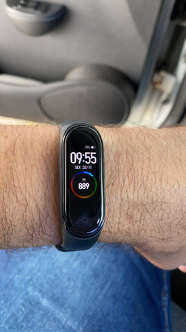 Mi Band 4 com caixa e manual