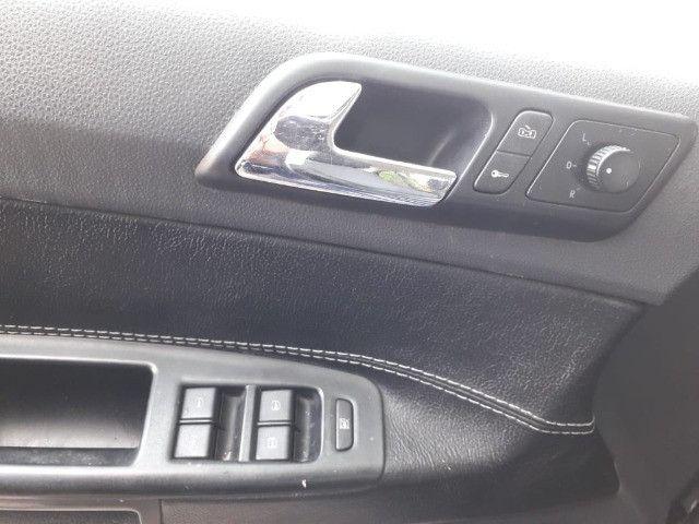 Polo Sedan 1.6 gasolina 2003 - Foto 16