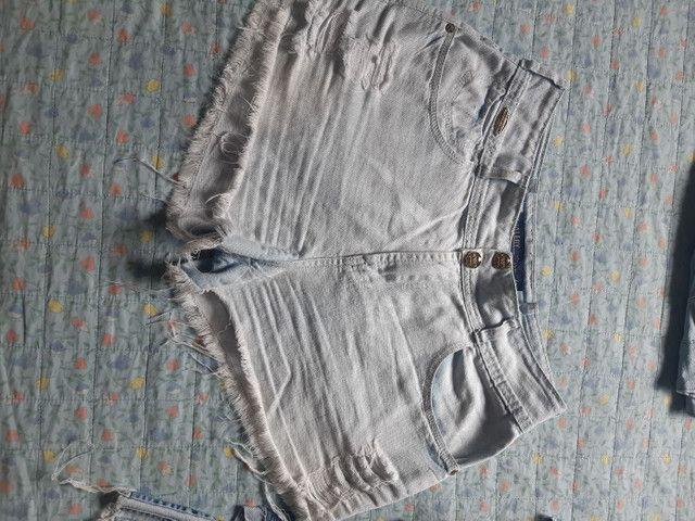 Desapego de shorts semi novos de marca: Walery, South, espaço fashion e YSC. - Foto 6