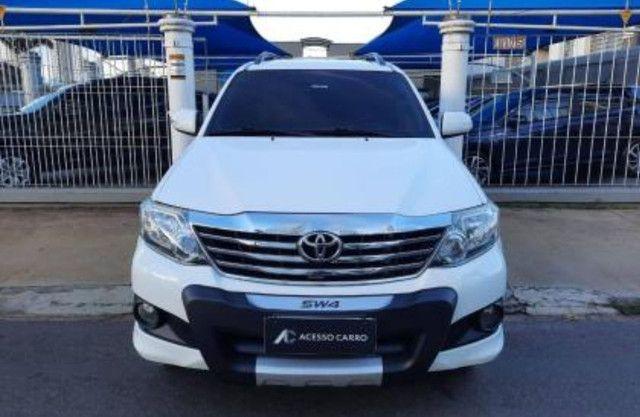 Toyota Hilux SW4 2.7 16V SR Flex Automático 5 lugares 2013 - Foto 2