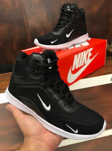Bota Nike fit $170,00 - Foto 3