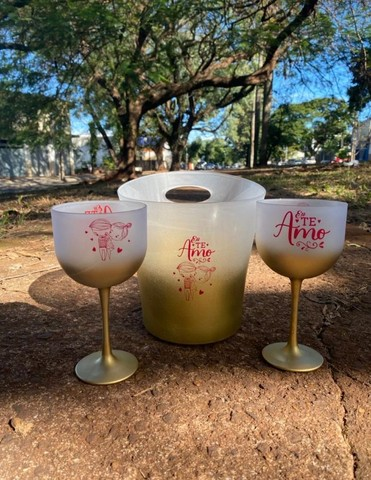 Copos personalizados: 02 taças de gin 600ml degradê+balde degradê personalizados   - Foto 6