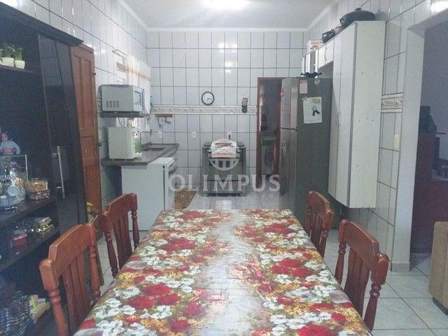 Excelente casa com 280m² de área privativa e 520m² de terreno, 4 quartos - Uberlândia/MG - Foto 13