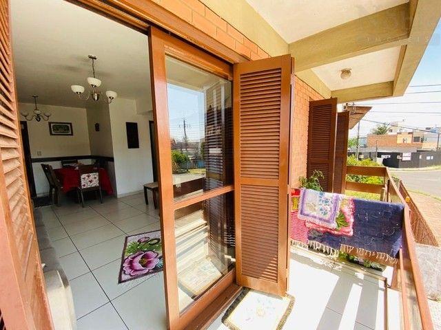 Apartamento 02 dormitórios no Bairro Getúlio Vargas
