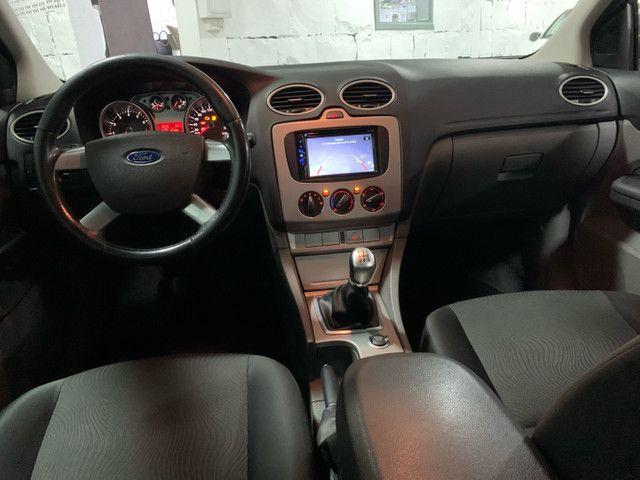 Focus Hatch 1.6 Glx Impecável - Foto 7