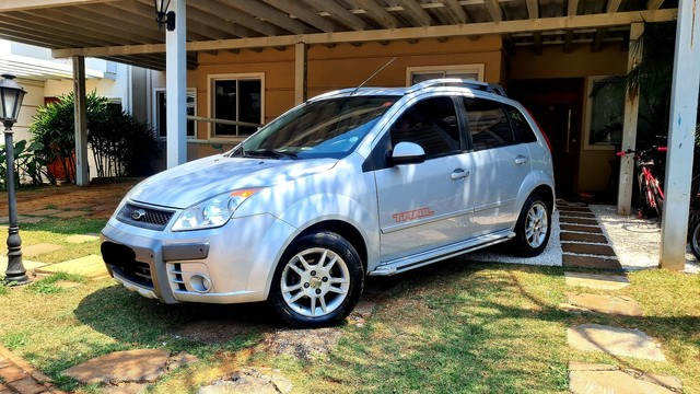 Ford Fiesta Trail completo troco por maior ou menor valor