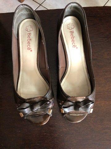 Sapato de salto pequeno 37