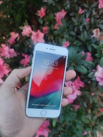 iPhone 7 128gb Prata - Excelente!! 12x de 123,91  no cartão. C/Garantia - Foto 2