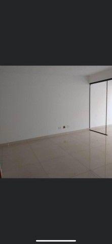 Apartamento com área privativa à venda, 3 quartos, 1 suíte, 3 vagas, Castelo - Belo Horizo - Foto 13