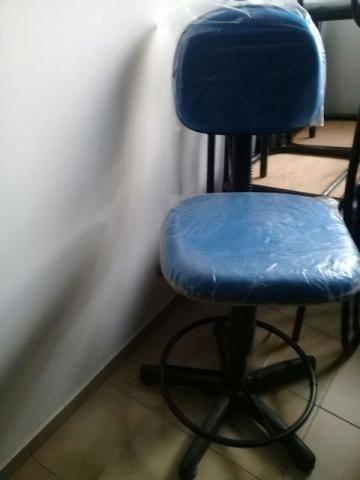09 Cadeiras