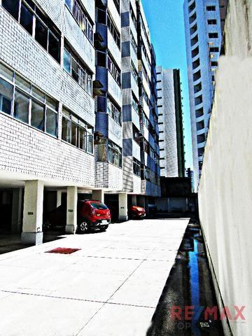 Apartamento com 96m, 2 quartos sendo 1 suíte em Petrópolis