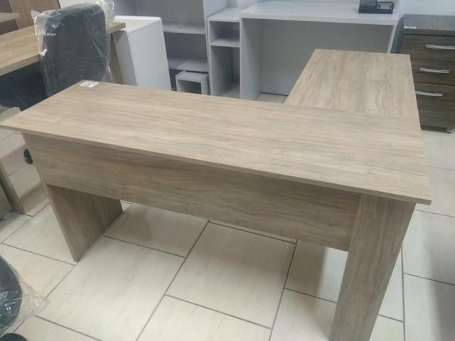 Mesa em L escritório com 01 gaveta novas fabricação própria