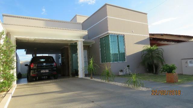 Casa em casa de condom nio 2 quartos venda com ar for Casa moderna 60 m2