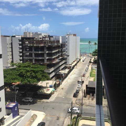 Apartamento novo na primeira quadra da Ponta Verde