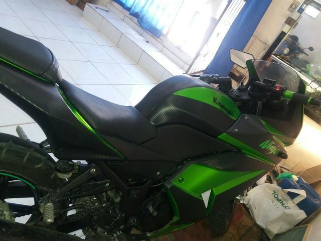 Vende-se ou traca-se Kawasaki Ninja
