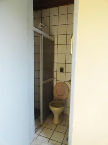 Apartamento com 3 Quartos para Alugar, 130 m² por R$ 800/Mês - Foto 20