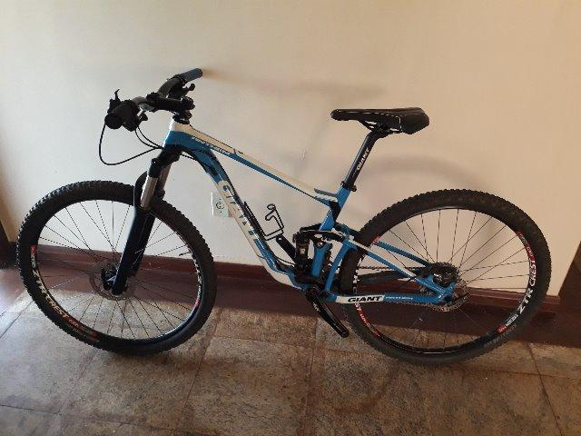 6060be899dc Bike mtb full giant anthem 27.5 tamanho p - Ciclismo - Asa Norte ...