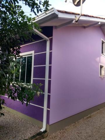 Vendo .uma casa .em ótima localização. loteamento ceniro Martins .