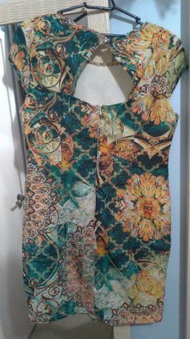 Vestido colorido - Foto 2