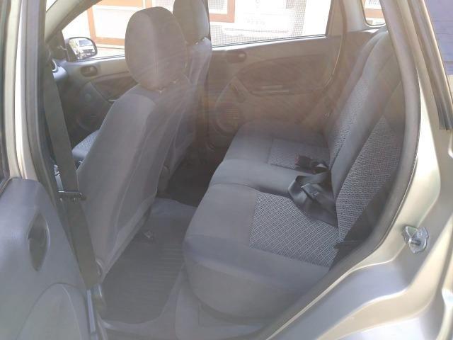 Ford Fiesta Sedan 1.6 Flex 4p - Foto 11