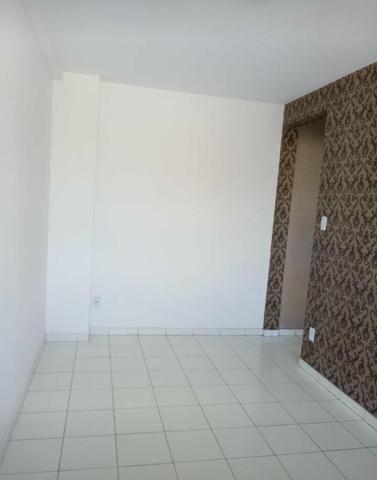 Vendo um Apartamento de 2/4 1 banheiro social, no Solar Sim - Foto 15