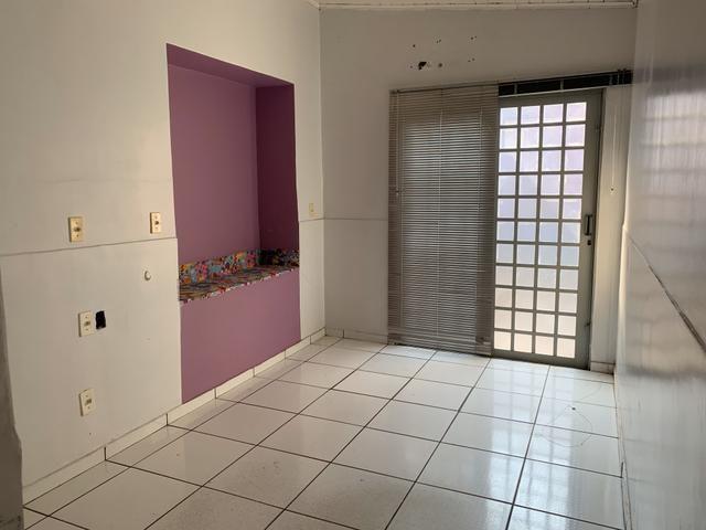 Aluga-se ou vende-se casa/comercial bairro Baú - Foto 9