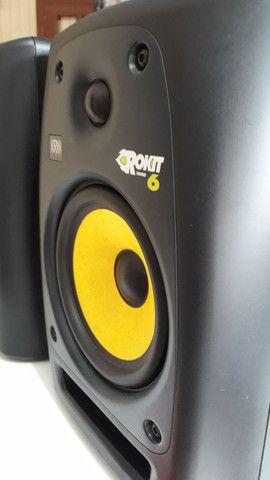 Monitor de referência KRK Rokit 6 2 geração