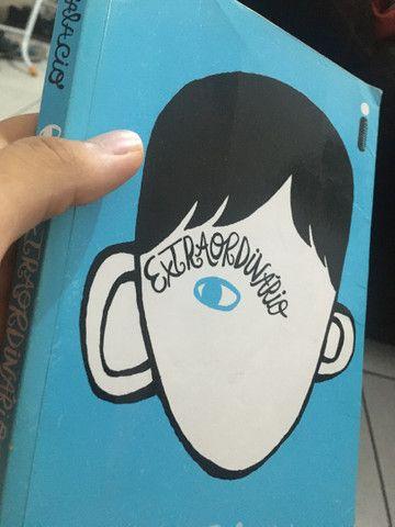 Livro Extraordinário- R.J Palacio