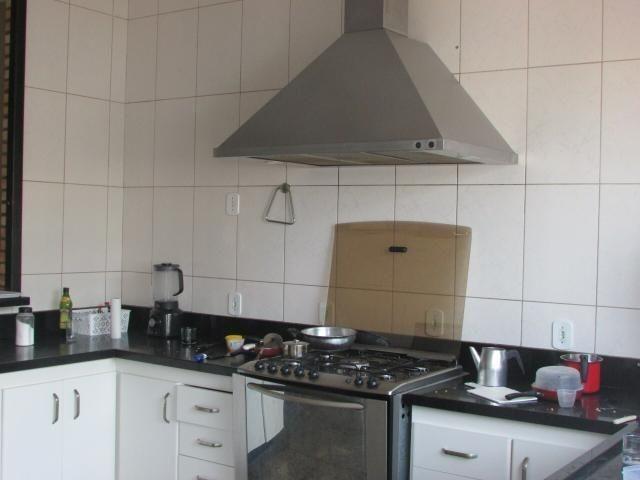 Casa em lote de mais de 1000 m2 - Foto 12