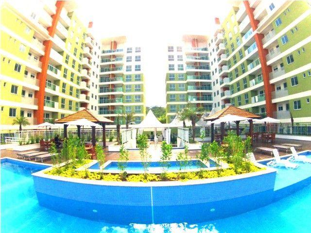 1, 2 e 3 dormitórios - Praia Brava